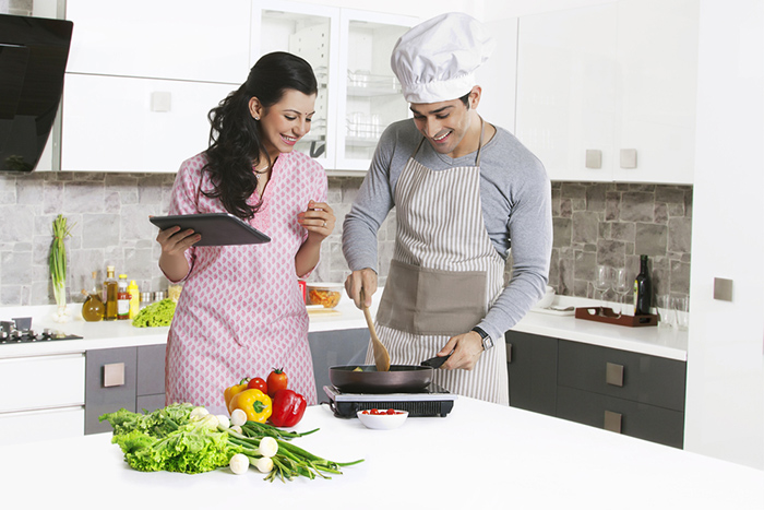 Meal Planning & Voice-Guided Cooking